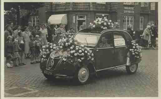 eend-versierd-bloemenweelde amsterdam archief