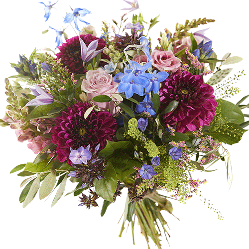 Late summer is a lovely autumn bouquet made with warm colors like antique pink, aubergine, soft blue and lilac